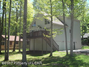 243 SHINGLE MILL DR, Drums, PA 18222