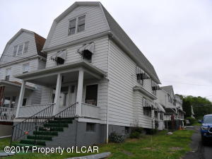 36 E Stanton St, Plains, PA 18705