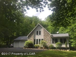 3 Cooper Hill Rd, West Wyoming, PA 18644