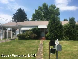 1105 Parkview Ln, Drums, PA 18222