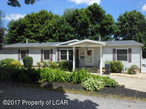 1100 Foster ST, Freeland, PA 18224