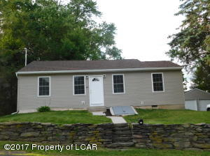 45 W Center St, Shavertown, PA 18708