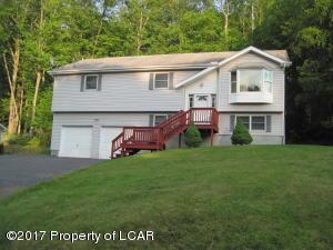 165 Buck Ridge Drive, Beech Mountain Lakes, PA 18222