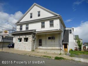 701 S Walnut St, Nanticoke, PA 18634