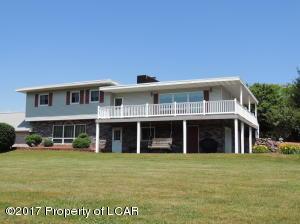 128 Hickory Rd, Sugarloaf, PA 18249