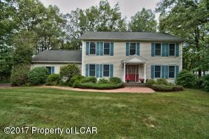 65 Dale Dr, Mountain Top, PA 18707