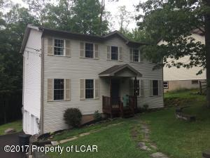 280 Snow Valley Dr, Drums, PA 18222