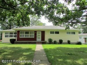 60 Summit Rd, Mountain Top, PA 18707
