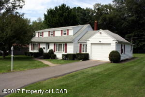44 Forest Rd, Mountain Top, PA 18707