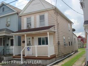 570 Shawnee St, Hanover Township, PA 18706