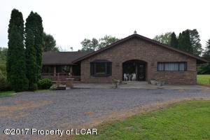 17 Camp David Road, Wapwallopen, PA 18660