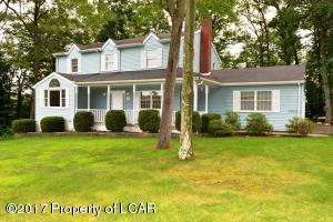 10 Rockledge Drive, Mountain Top, PA 18707