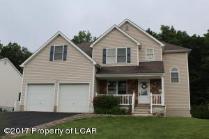 37 General Pulaski Street, Mountain Top, PA 18707
