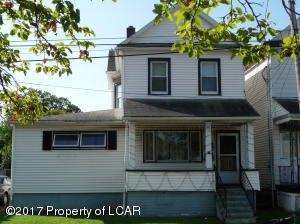 31 Henry St, Wilkes-Barre, PA 18702