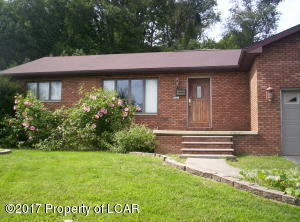 821 Beverly Drive, Plymouth, PA 18651