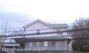 323-325 Main St, Plymouth, PA 18651
