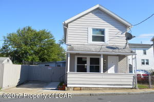 18 Collins St, Wilkes-Barre, PA 18702