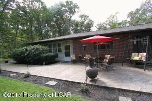 8 Cedar Lane, Hunlock Creek, PA 18621