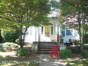552 Charles Ave, Kingston, PA 18704