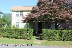 68 Newport St, Glen Lyon, PA 18617