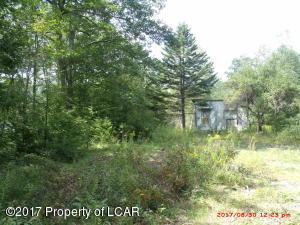 1361 Trailwood Lake Rd, Bear Creek, PA 18602