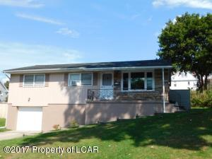 238 Cliffside Ave, Trucksville, PA 18708