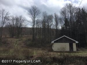 Chestnut Ridge Road, Dallas, PA 18612