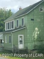 24 Main St, Freeland, PA 18224