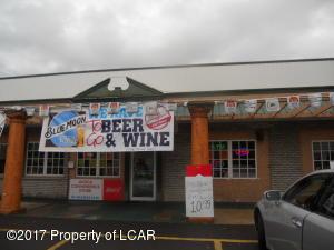 422 Main Ave, Avoca, PA 18641