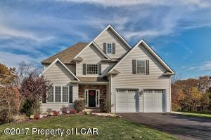 30 Marlington Court, Dallas, PA 18612
