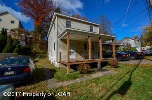 34 Carverton Rd, Shavertown, PA 18708