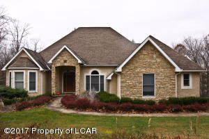 551 Sandspring Rd, Bear Creek, PA 18702