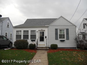 54 Seminary Pl, Forty Fort, PA 18704