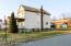 48 New St, Plains, PA 18702