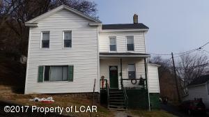 300 Gardner St, Plymouth, PA 18651