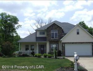 9 Gable Crest Drive, Pittston, PA 18640