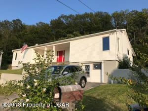 104 Renfer Rd, Pittston, PA 18640
