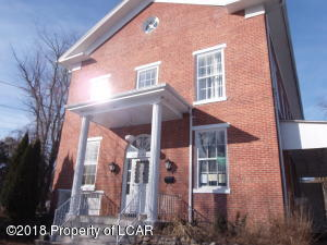 161 Main St, Beach Haven, PA 18601