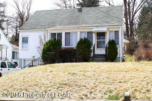 69 Perrin Ave, Shavertown, PA 18708
