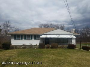 104 St Marys Rd, Hanover Township, PA 18706