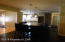 Kitchen/Hearth Rm/Family Rm