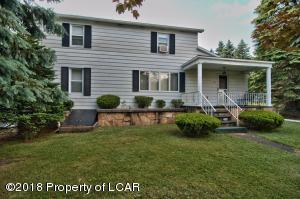 186 Ridgewood Rd, Plains, PA 18702