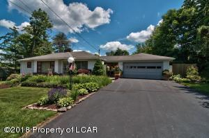 210 Overbrook Rd, Dallas, PA 18612