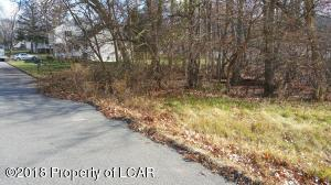 Iroquois Ave, Wilkes-Barre, PA 18702