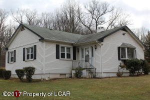 1210 S Main Rd, Mountain Top, PA 18707