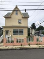 38 N James St, Hazleton, PA 18201