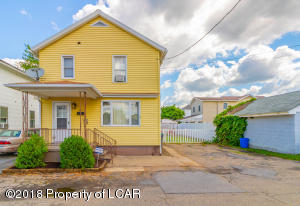 402 BERRY St, West Pittston, PA 18643