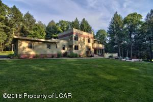 50 Lake Rd, Bear Creek Village, PA 18602