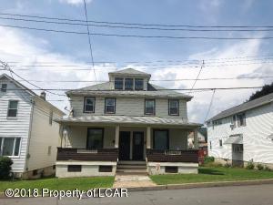 81 E Broadway St, Larksville, PA 18704