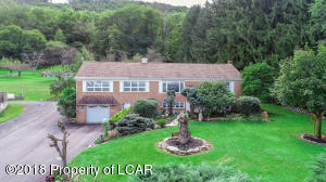 284 W Foothills Dr, Drums, PA 18222